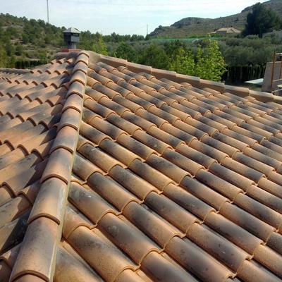 Tejados con tejas tradicionales