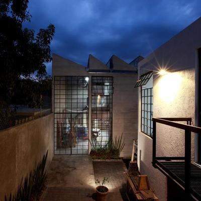 Instalación de puntos de luz en la terraza