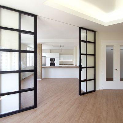 Puertas correderas de cristal divisorias de estancias