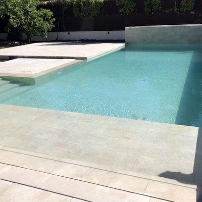 Gresite piscina color arena