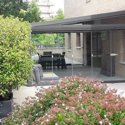 Cerramientos de terrazas con perfiles verticales