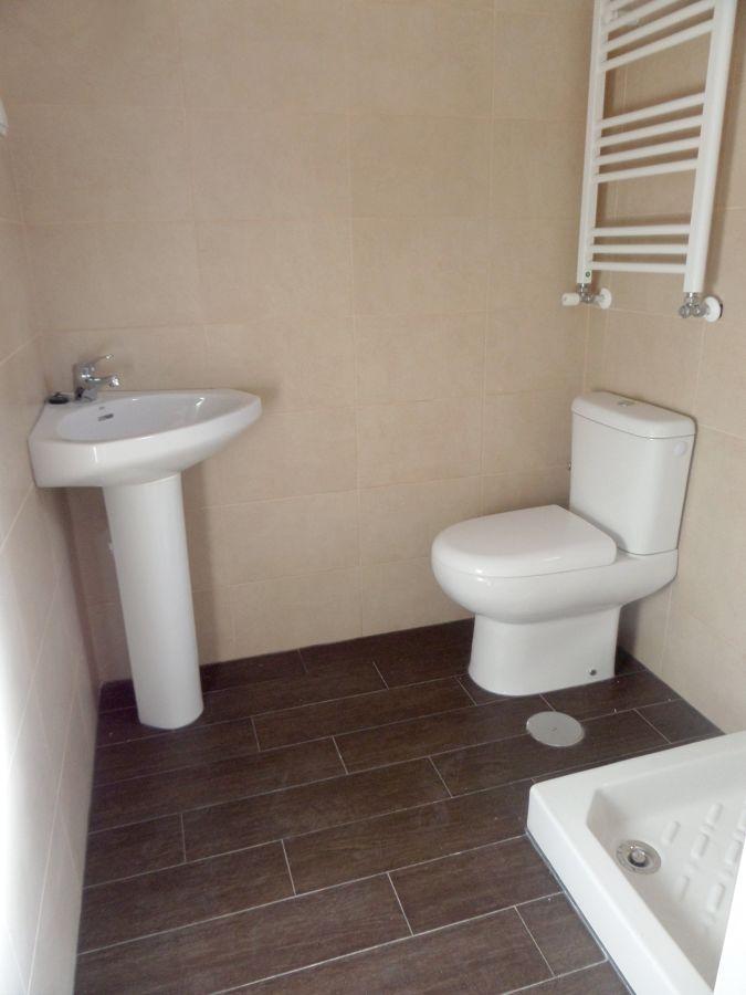 Montaje de sanitarios de baño