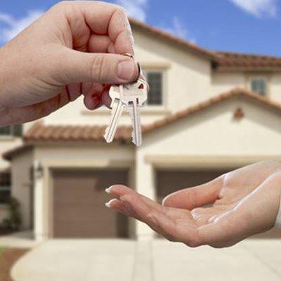 Al comprar o alquilar una casa