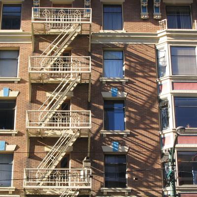 Limpieza de fachadas con agua a presión