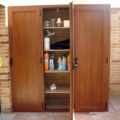 Presupuesto hacer armario empotrado exterior aluminio Armario pvc exterior