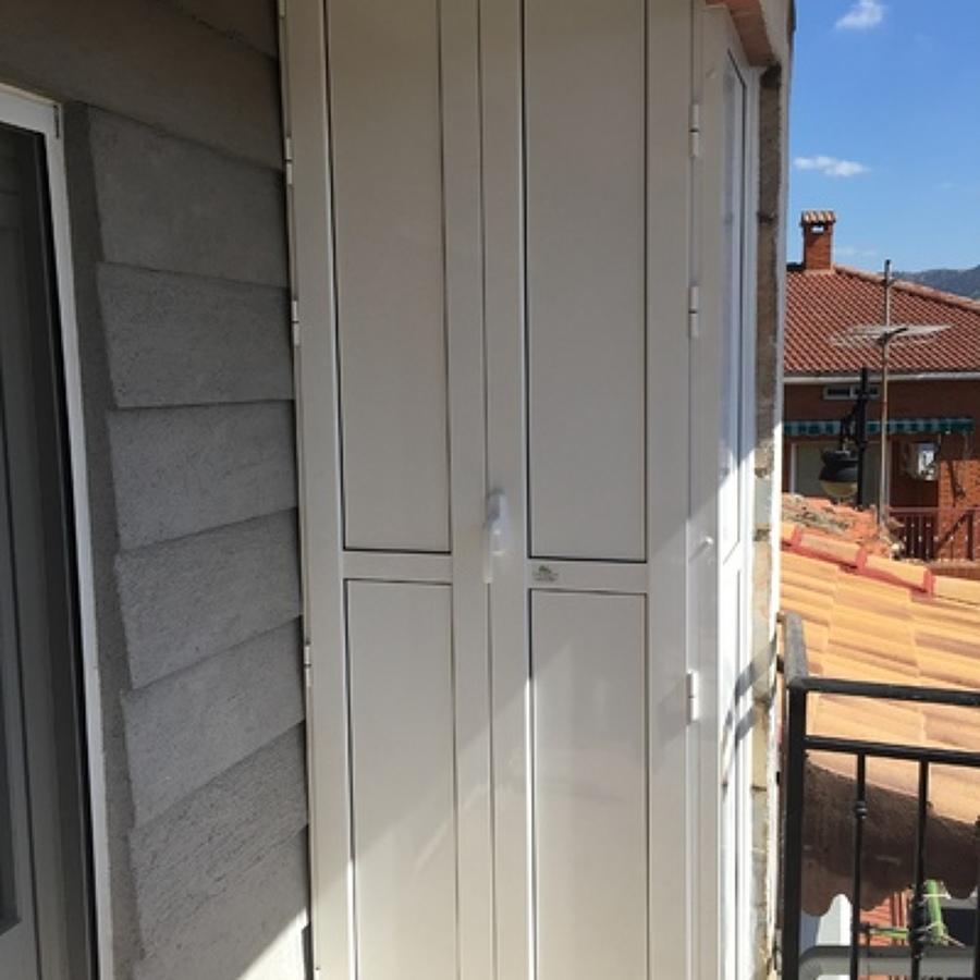 Presupuesto mueble exterior aluminio online habitissimo - Armarios pvc carrefour ...