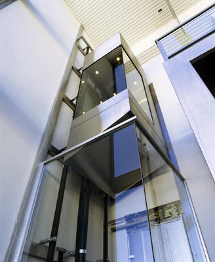 Presupuesto instalar ascensor hidr ulico online habitissimo for Precio ascensor hidraulico 3 paradas