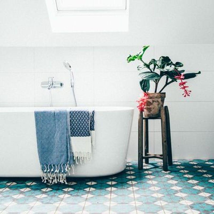 Baños con baldosa hidráulica