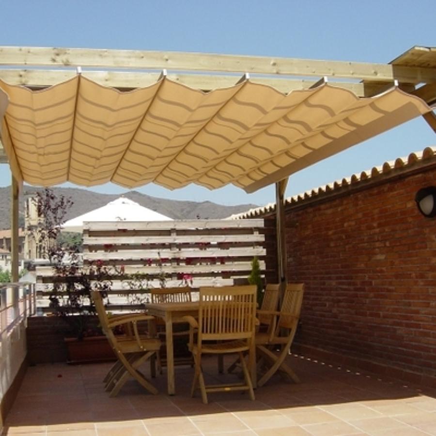 Presupuesto cerramiento terrazas online habitissimo for Tipos de toldos para patios
