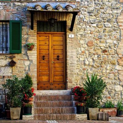 Revestir las paredes de piedra