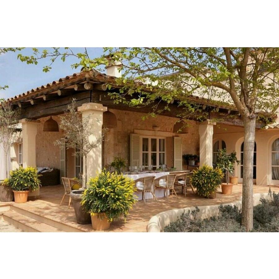Porches de casas rusticas awesome una casa rstica mezcla for Casas con porche y piscina