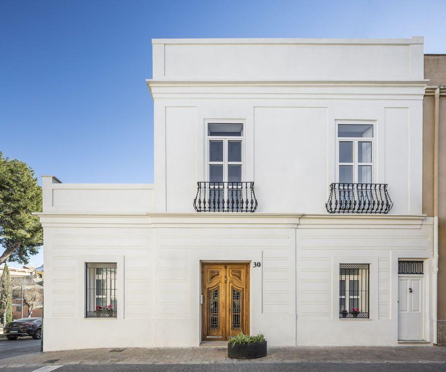 ¿Cuánto cuesta pintar las ventanas?