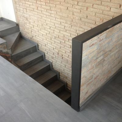 Presupuesto cerrar escalera online habitissimo for Cuanto vale una escalera