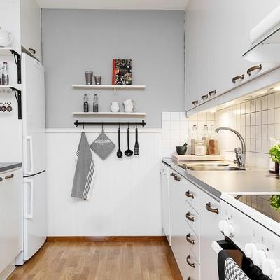 Ideas consejos y precios para pintar una cocina habitissimo for Que color de pared para una cocina gris