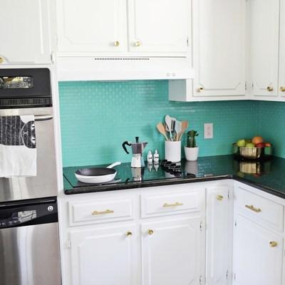 Ideas y presupuestos para pintar los azulejos de la cocina habitissimo - Pintar azulejos de cocina ideas ...