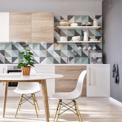 Combinar azulejos y papel pintado