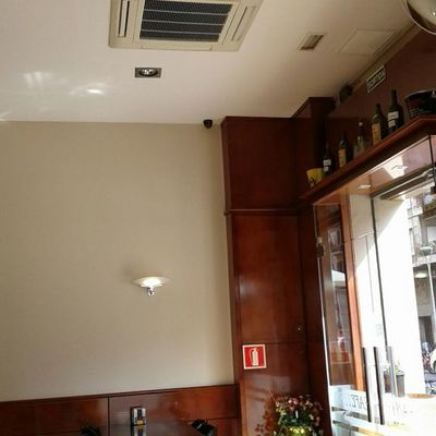 Conductos de aluminio o poliéster para aire acondicionado