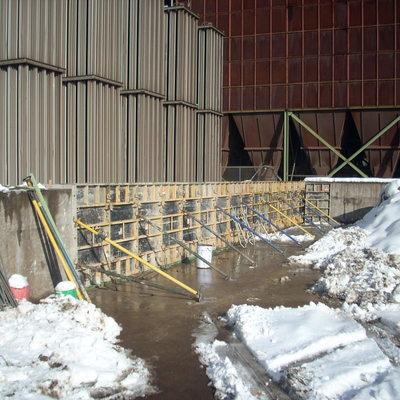Construcción de muro de hormigón armado