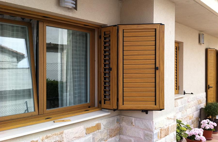 Presupuestos y precios para instalar contraventanas for Precio poner ventanas aluminio