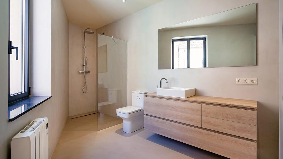 Ideas y presupuestos para instalar una ducha a ras de - Duchas a ras de suelo ...