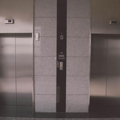 Cambiar la puerta de semiautomática a automática