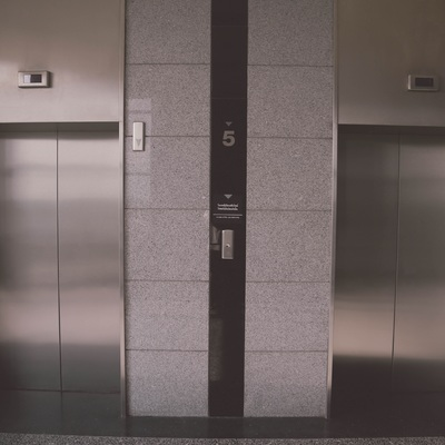 Cambiar puertas semiautomáticas a automáticas