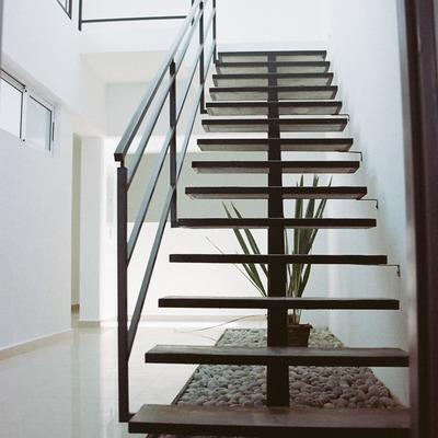 Presupuesto escalera metalica online habitissimo for Como hacer una escalera caracol metalica
