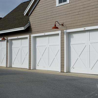Reparar el motor de la puerta del garaje