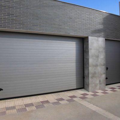 Limpieza de puertas de garaje