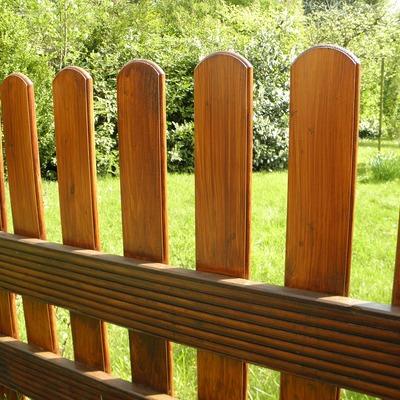 Vallas de aluminio imitación madera