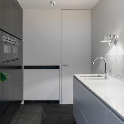 La instalación eléctrica de cocina y baño