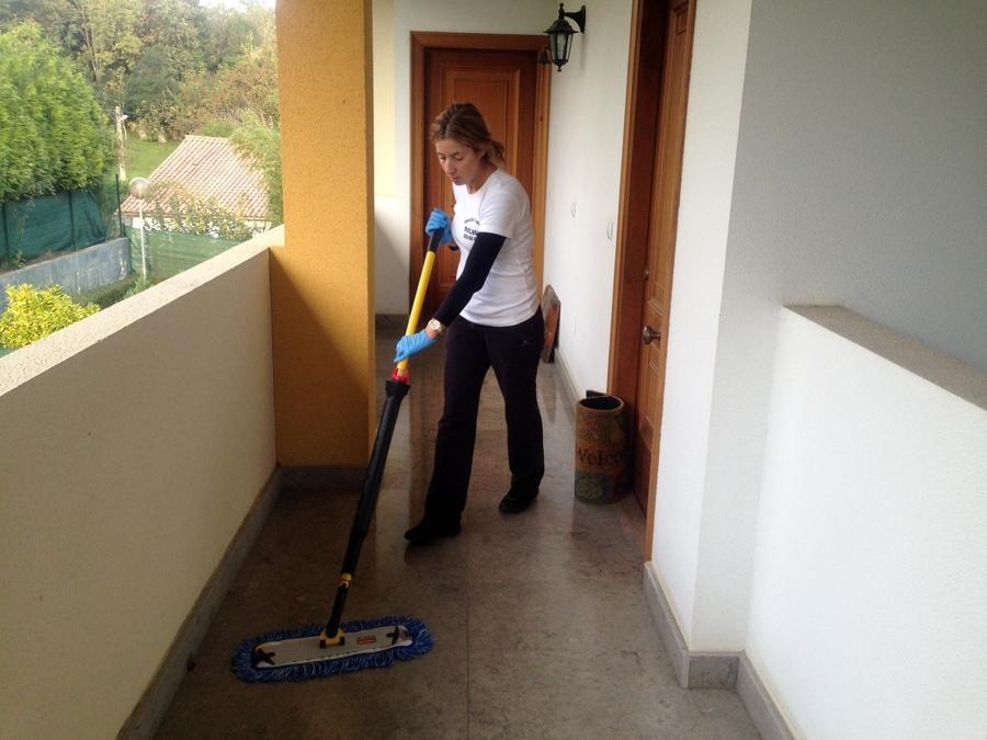 Presupuesto limpieza piso online habitissimo for Presupuesto pintura piso 70 metros
