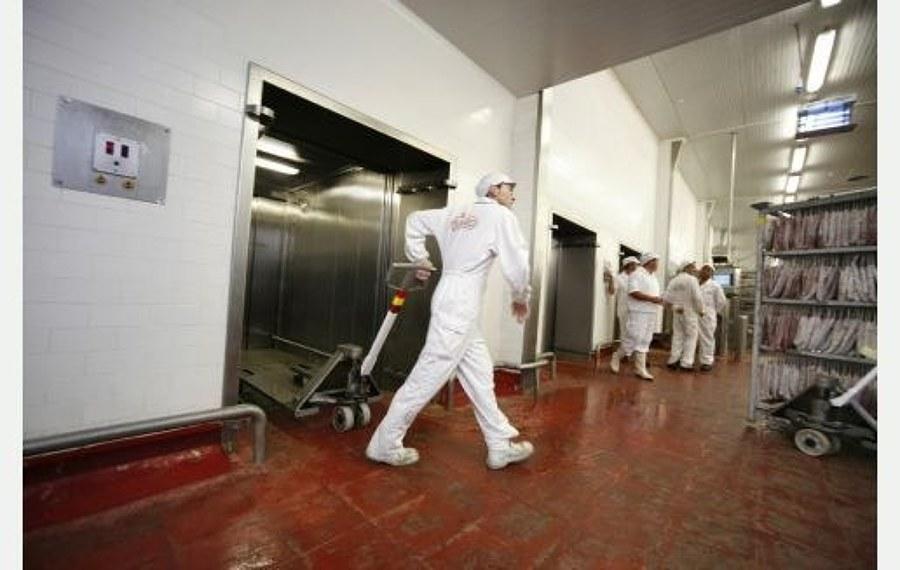 Mantenimiento de ascensores de fábricas