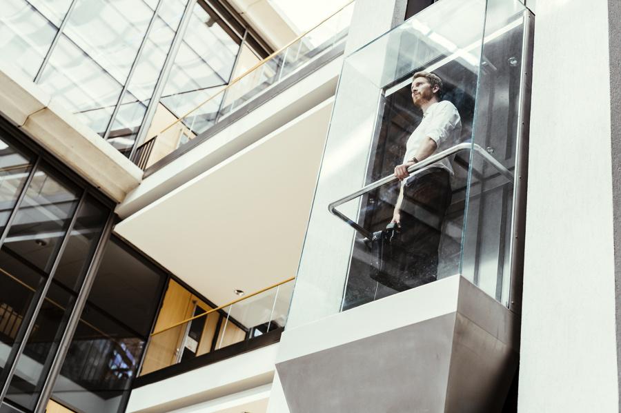 Mantenimiento de ascensores de zonas de libre acceso al público