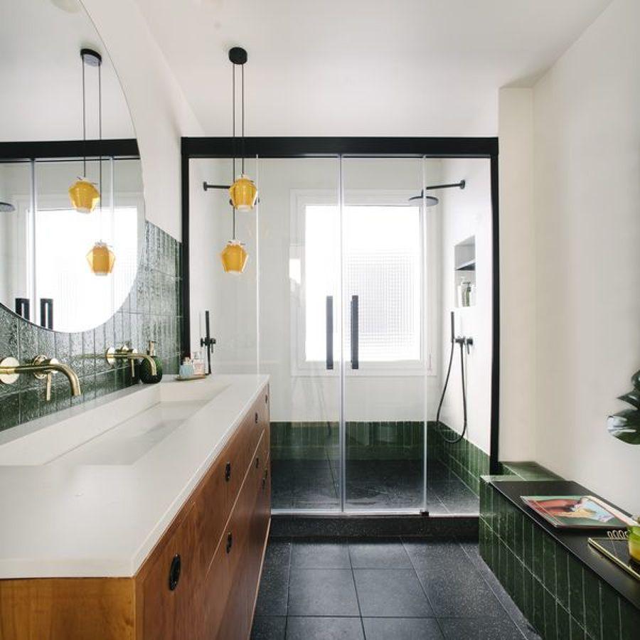 ¿Cuánto cuesta cambiar una bañera por una ducha?