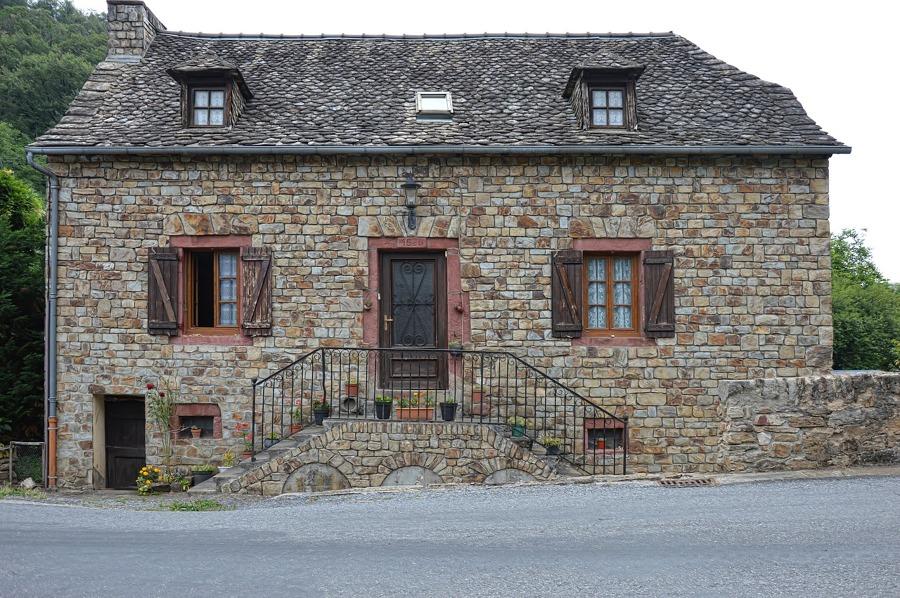 Rehabilitar la estructura y fachada de la casa