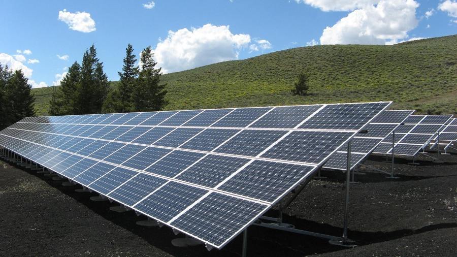 Instalar paneles solares fotovoltáicos