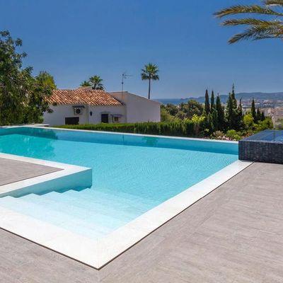 Construir una piscina