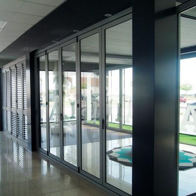 Puertas de aluminio de interior