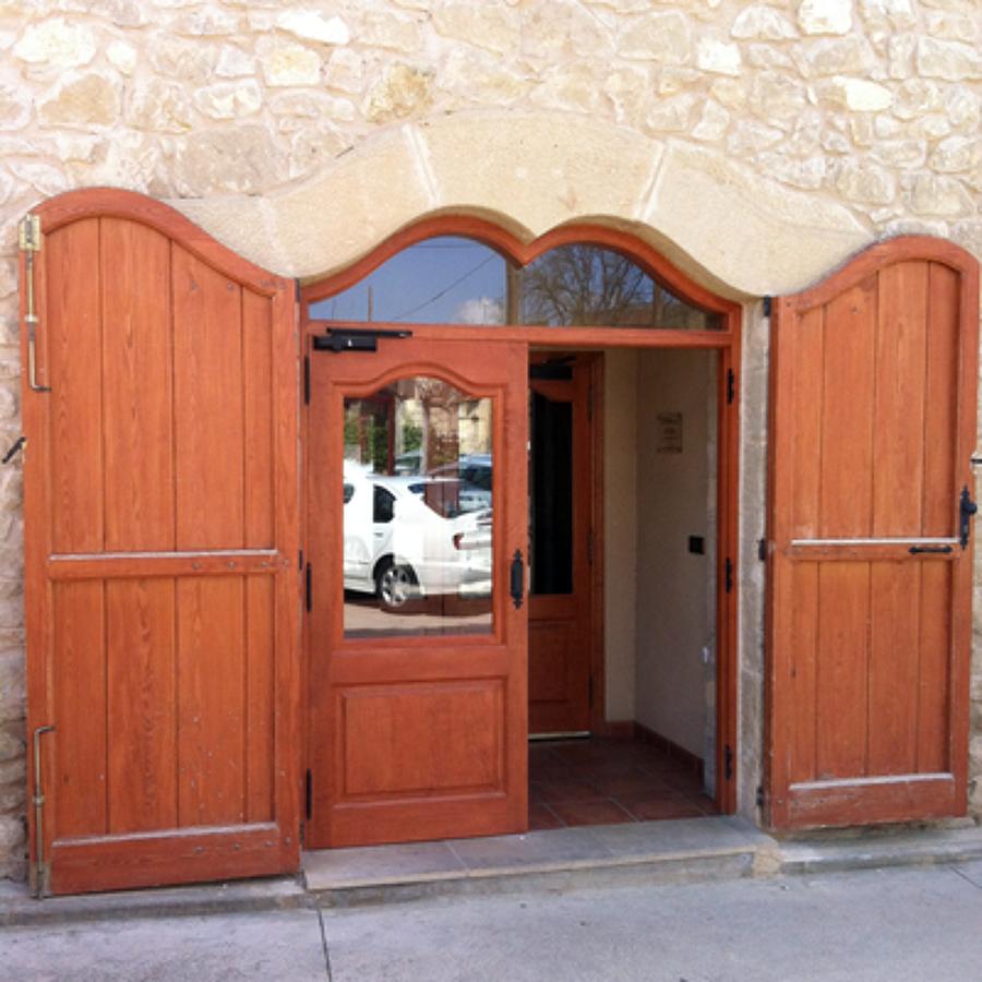 Como restaurar puertas de madera great restaurar muebles - Como arreglar puertas de madera rayadas ...