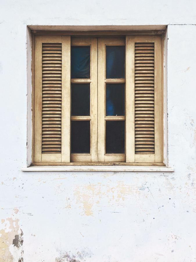 Pintar ventanas de madera