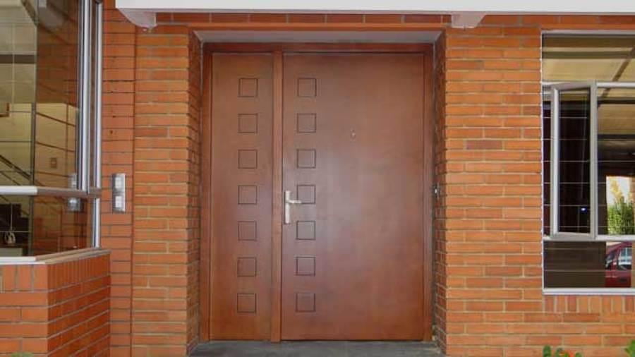 Presupuesto instalar puerta de seguridad online habitissimo for Cambiar puertas interior sin obra