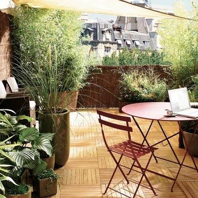 Reformar el suelo y el mobiliario de una terraza