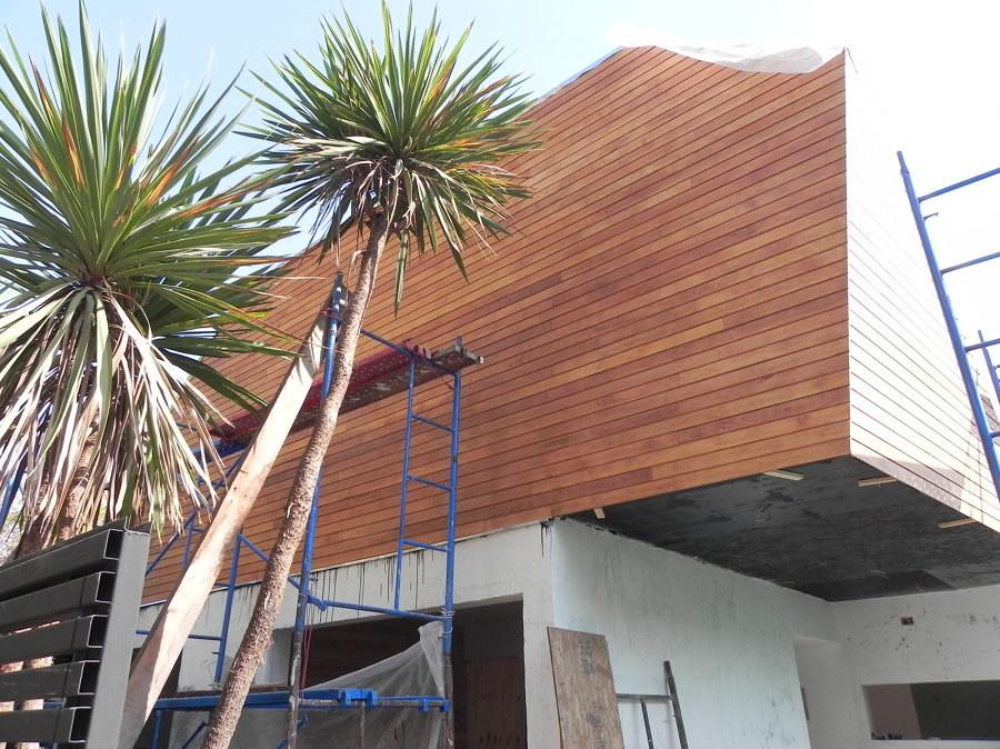 Rehabilitacion de una fachada con revestimiento de madera