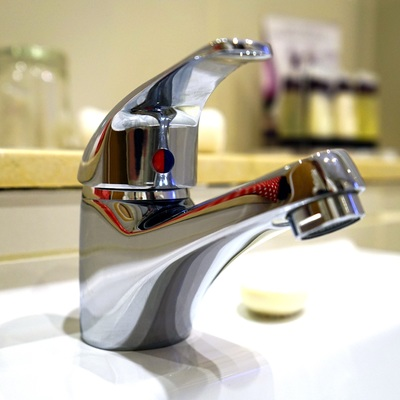 Hacer la instalación de fontanería