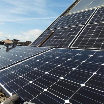 Trabajos de mantenimiento para paneles fotovoltaicos