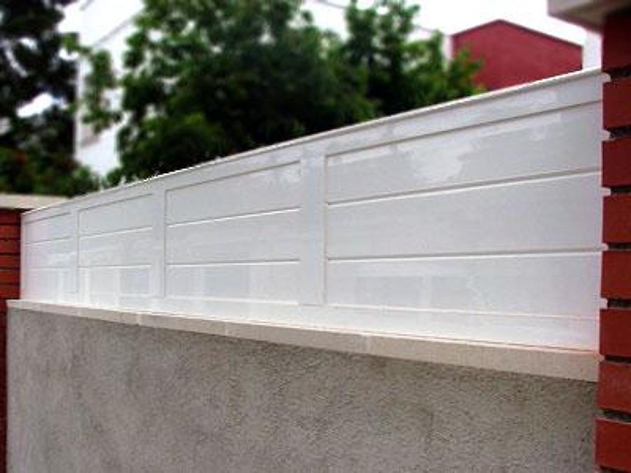 Presupuesto vallar parcela online habitissimo for Vallas de aluminio para jardin