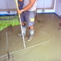 Adición de mortero en suelo radiante
