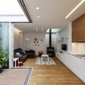 Cocina, patio y salón