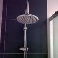alcachofa fijo en baño de diseño
